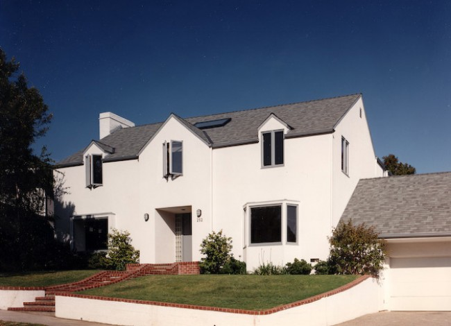 minimalist stucco exterior, Marvin Windows, curb appeal, Westwood